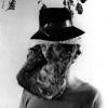 03 Selbstportrait mit Kopfbedeckung
